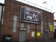 montowanie reklamy na billboardzie